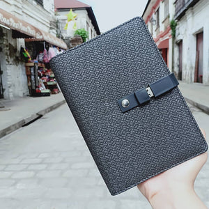 Stylish Notebook with Strap Detachable 8GB Flash Drive USB