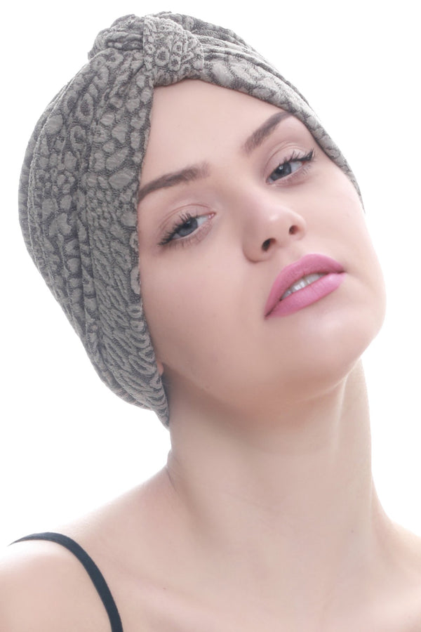 Deresina Brocade w turban for chemo beige