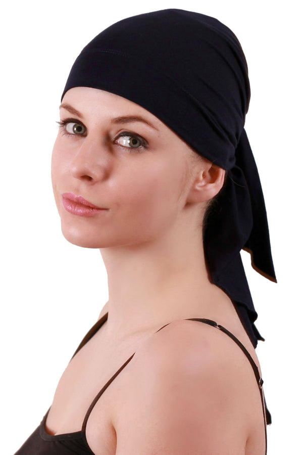 Deresina extra large cancer bandana black
