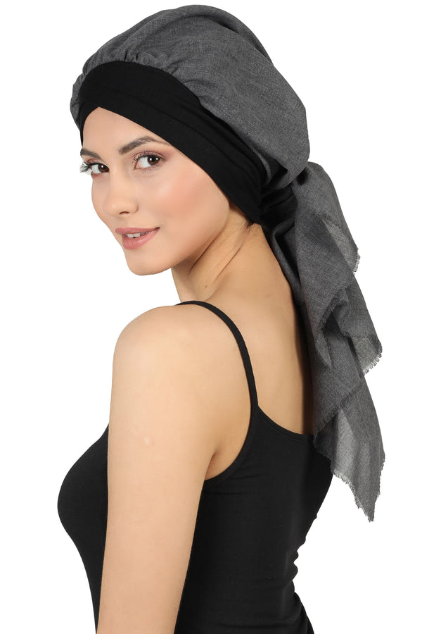 W Front Cap with Attached Scarf (Black Plain)
