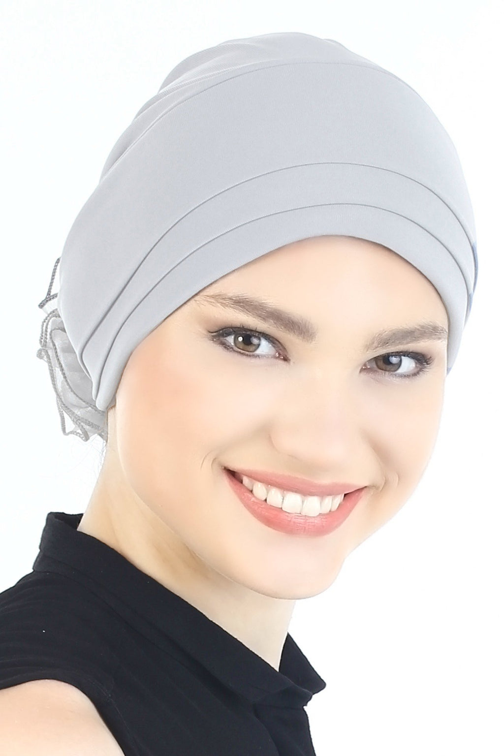 Deresina Padded hat for cancer patients light grey