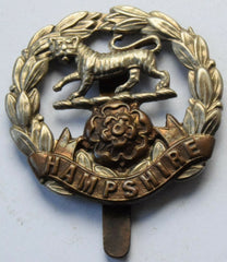 HAMPSHIRE REGIMENT Army CAP  BADGE - Confessor the shop for all Collectables Coins Badges Banknotes Medals Tokens militaria
