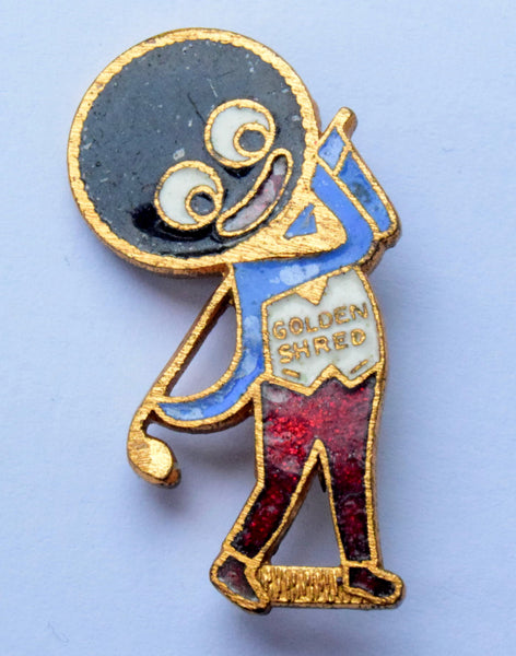 ROBERTSONS GOLDEN SHRED Golfer Golly  Badge made by F&S