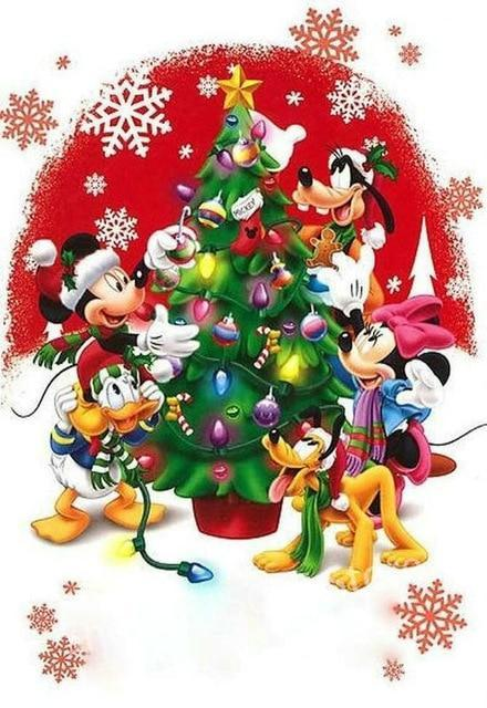 5D Diamond Painting Mickey and Friends Christmas Kit