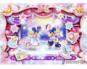 5D Diamond Painting Mickey and Minnie Ice Skate Spectacular Kit