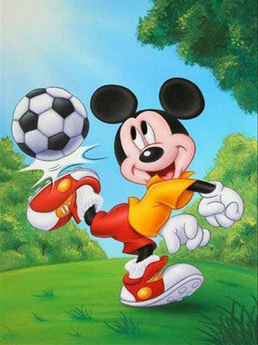 5D Diamond Painting Mickey Mouse Soccer on the Grass Kit