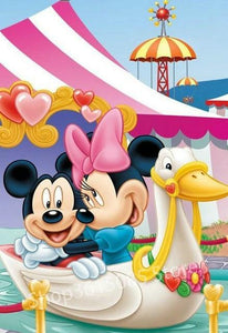 5D Diamond Painting Minnie and Mickey Swan Ride Kit