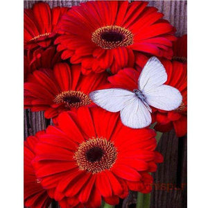 5D Diamond Painting White Butterfly on Red Flowers Kit