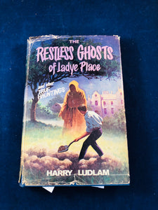 Harry Ludlam - The Restless Ghosts of Ladye Place, W. Foulsham 1967, 1st Edition