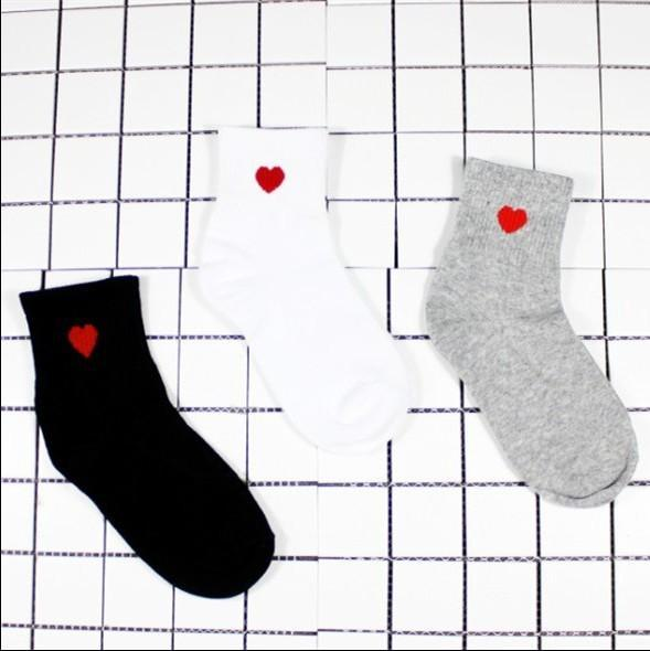 Aesthetic-Red Heart Cute College Fashion Socks