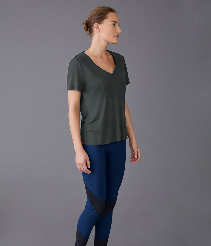 Stockholm V-neck t-shirt khaki green