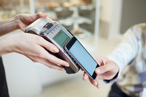 Apple Pay, Why You Need Contactless Payment in Your Shop (and How to Use it)