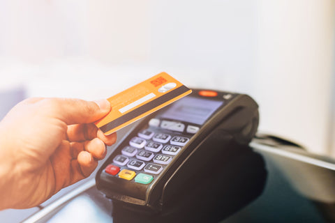 Card Terminal, Why You Need Contactless Payment in Your Shop (and How to Use it)