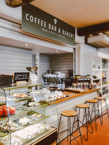 Coffee Shop and Bakery, 7 Ways Your Coffee Shop Can Compete With Chains