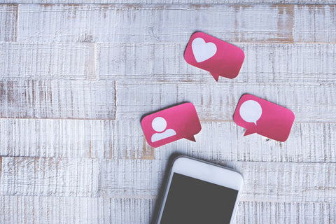 Social Media Phone, Your Guide to Social Media Marketing in Your Coffee Shop