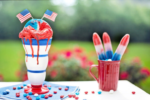 Drink and Popsicle, The Perfect Drink to Add to Your Coffee Shop This 4th of July