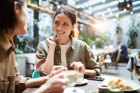 Ladies, Your Guide to Managing Employees in Your Coffee Shop