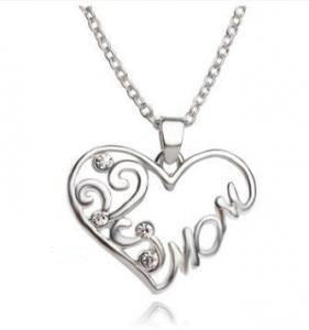 """Mom"" pendant necklace - store-nir"