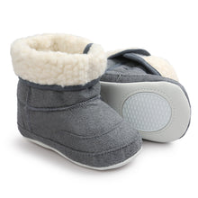 Baby, Soft-Sole, Shearling Snow Boots - Soft Crib Shoes for Toddler. First-walker Shoes for Fall/Winter (Unisex) - Weebumz