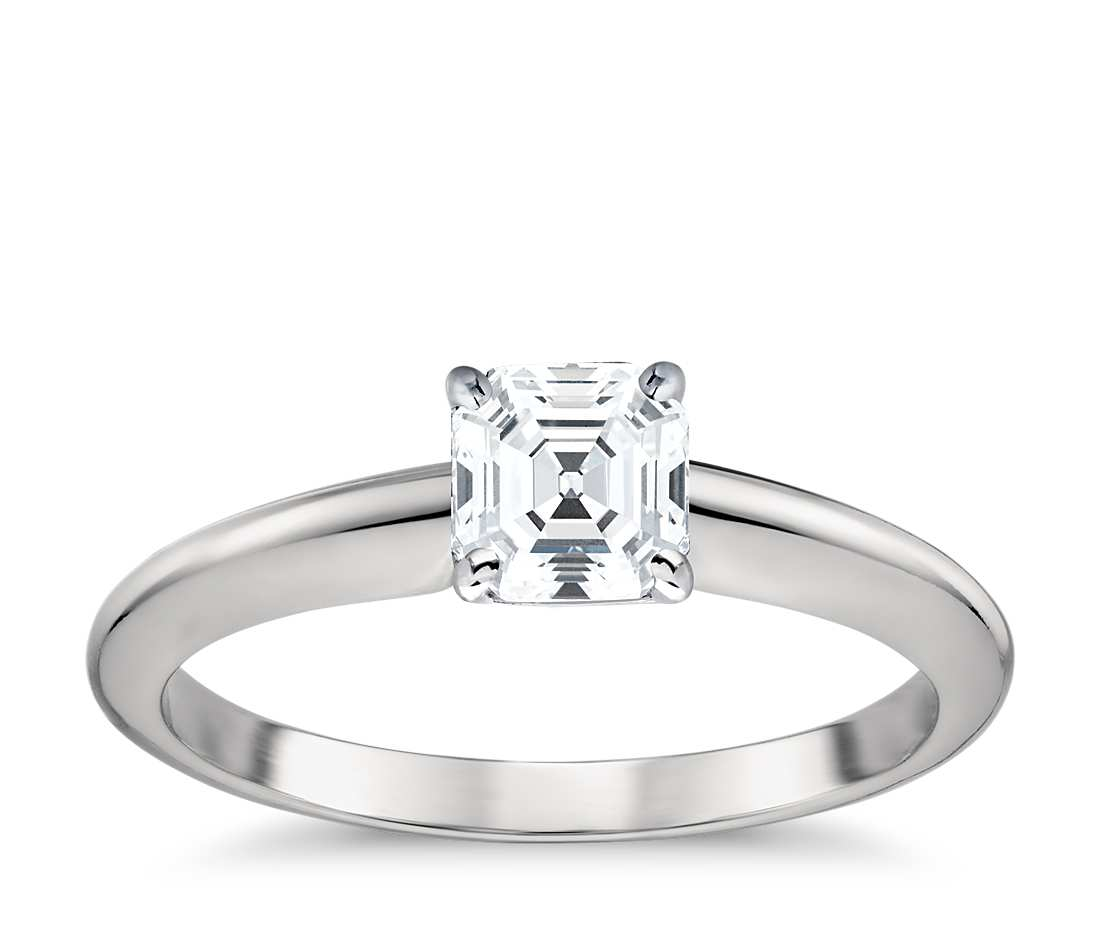 Solitaire Engagement Ring -  Classic Four- Prong Round