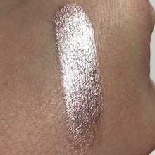 Pink Quartz - Loose Pigment Eyeshadow