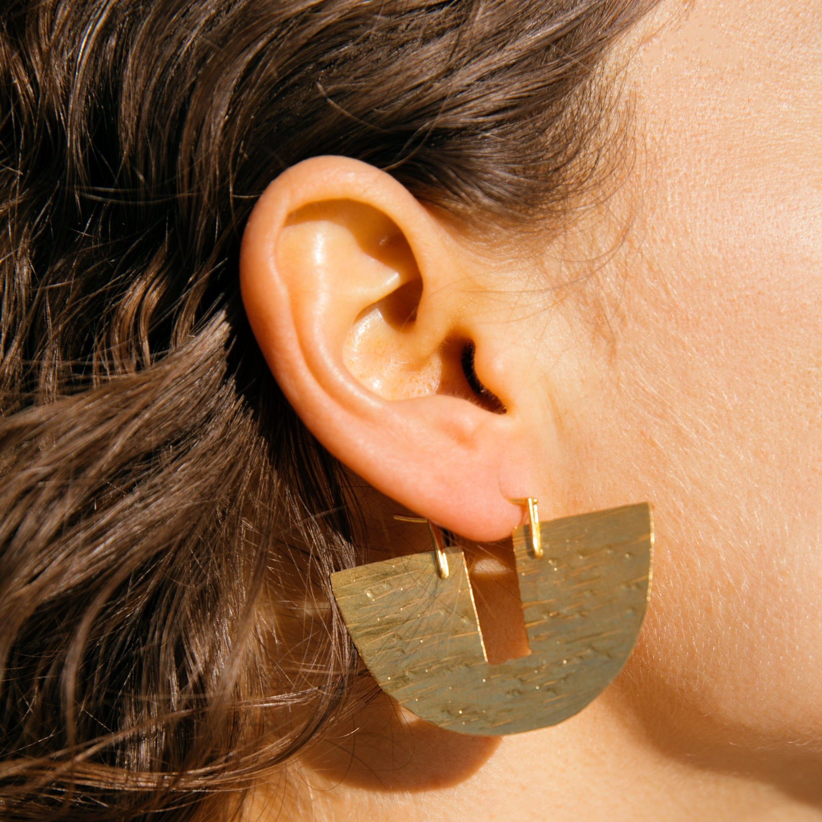 Flat Half Square Circle Earring