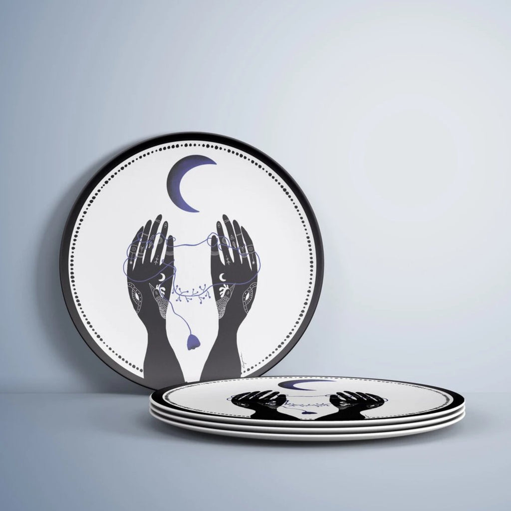 The Praying Hands Plate / Porselen Tabak