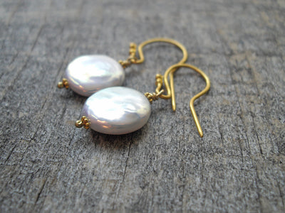 Coin Pearl Earrings in 22k Gold