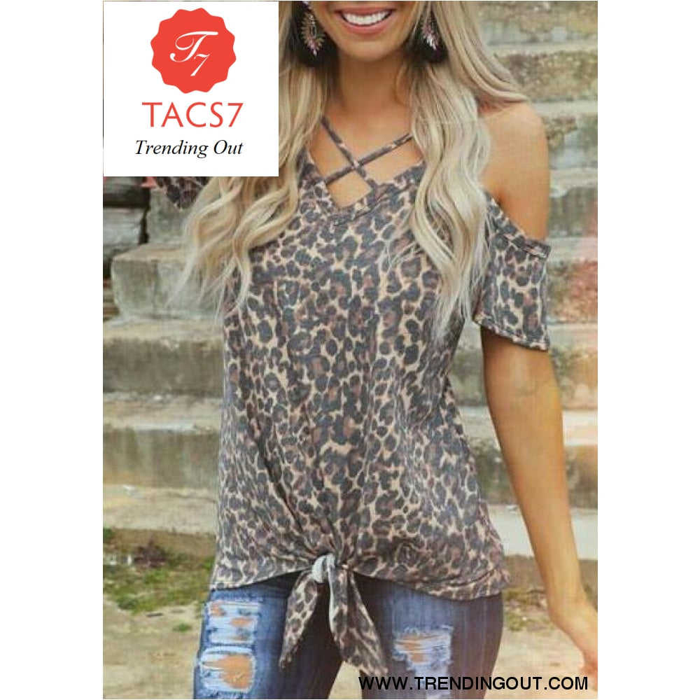 Leopard Printed Cold Shoulder Tees S