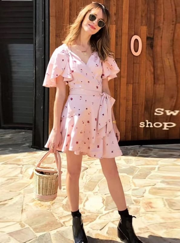 V-neck printed straps wrapped chest dress fashion temperament was thin fly sleeve dress
