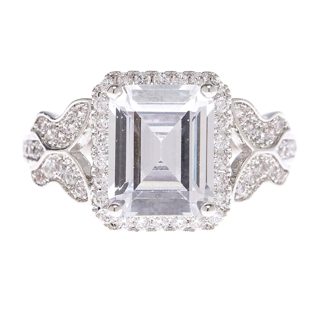 Emerald Cut Feminine Ring - Viamar Jewelry