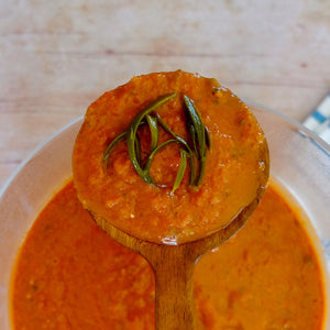 An easy gazpacho with organic sea fennel