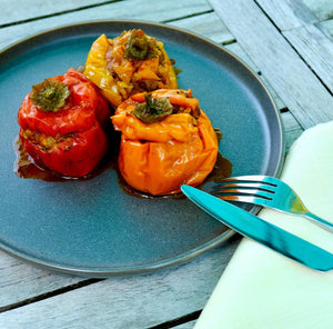 Slowcooker stuffed peppers and tomatoes gemista