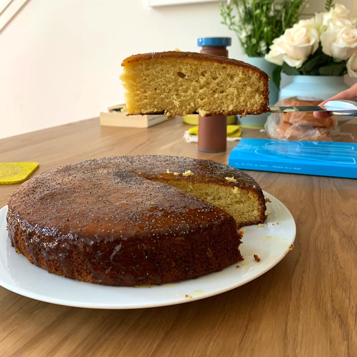 Delfina's easy Citrus Cake for Spring