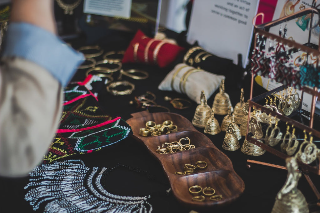 5 Interesting Ways to Store, Organize and Display Your Jewelry