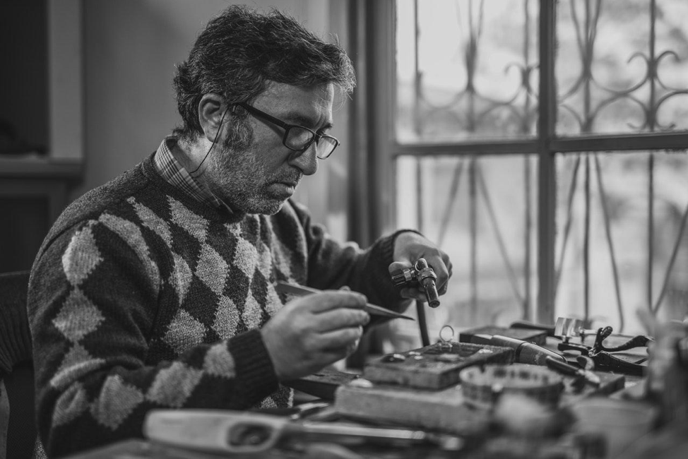 Artisan Jewelry: By the Hands of a Magician