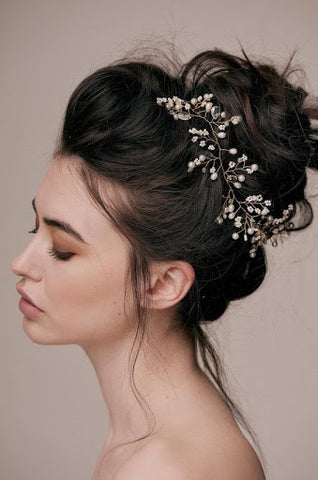 Bridal messy bun june avenue