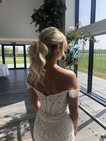 Bridal pony tail june avenue