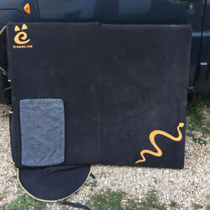 "Crash Pad ""RattleSnake"" V1"