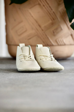 LITTLE LINCOLN - leather baby toddler shoes - cream