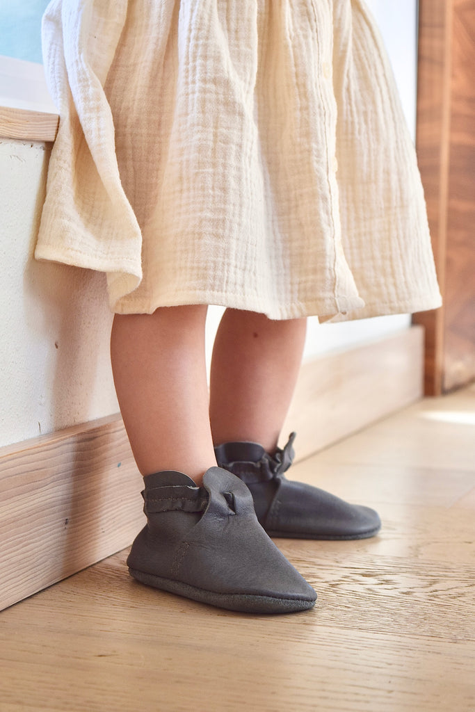 LITTLE LENNI - leather baby and toddler shoes - slate