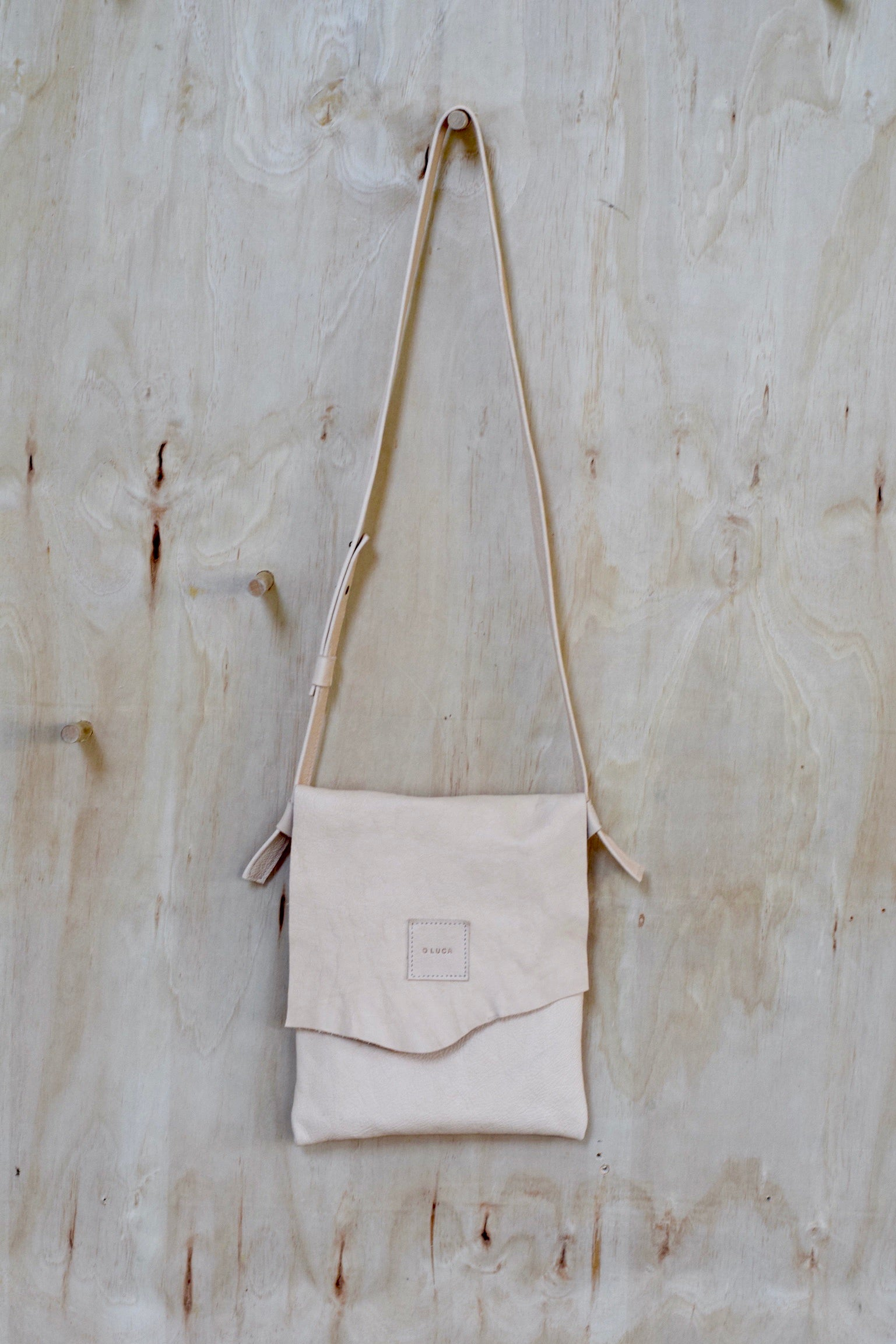 O OSLO - medium crossbody purse handbag - natural