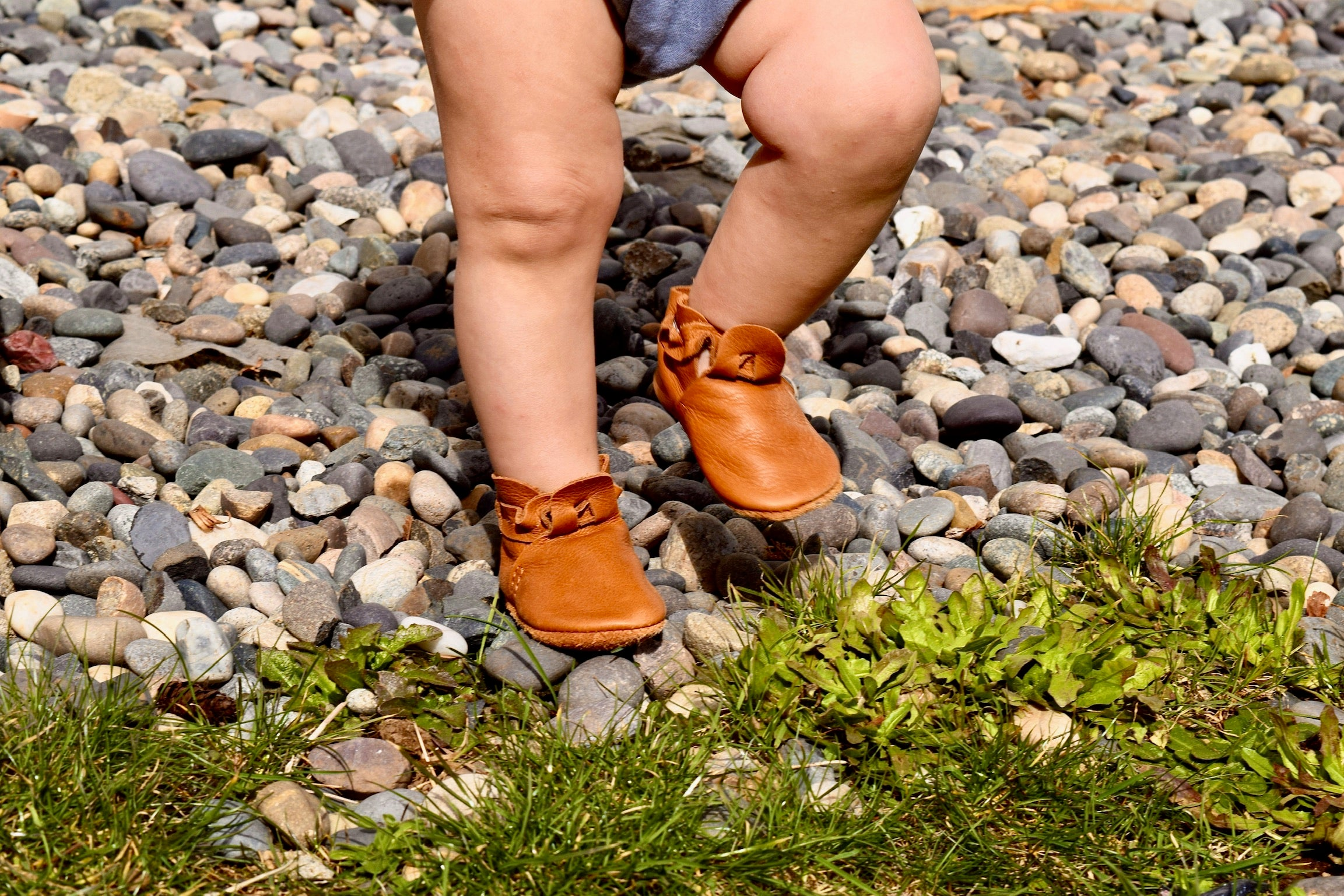 LITTLE LENNI - leather baby and toddler shoes - caramel