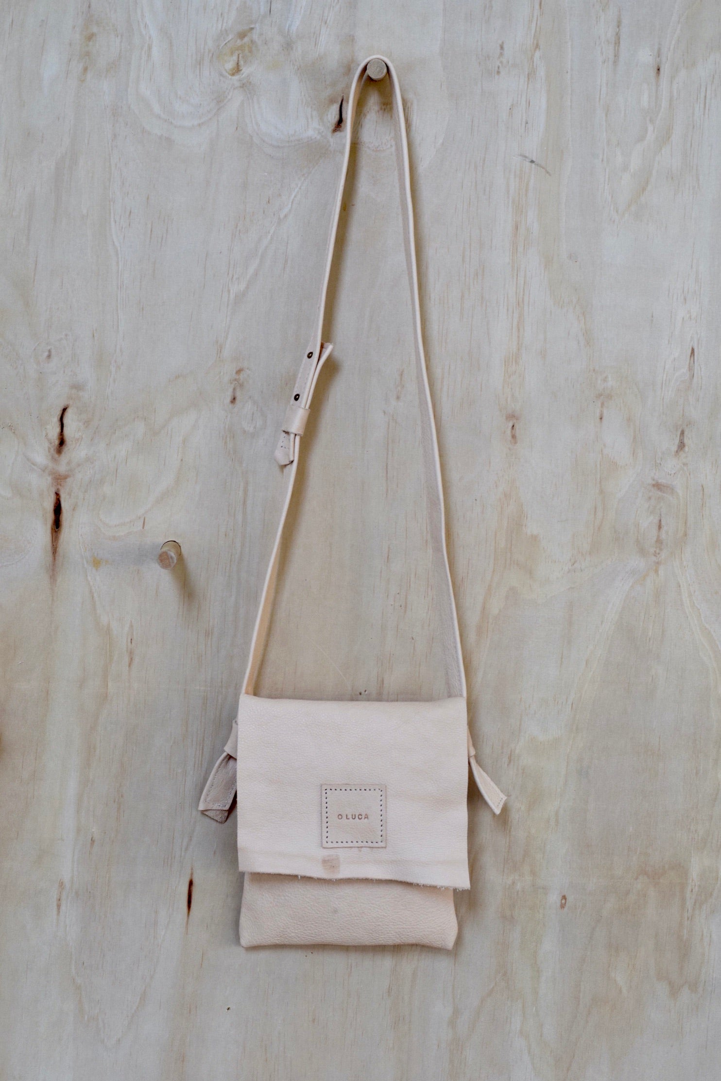 O OSLO - small crossbody purse handbag - natural