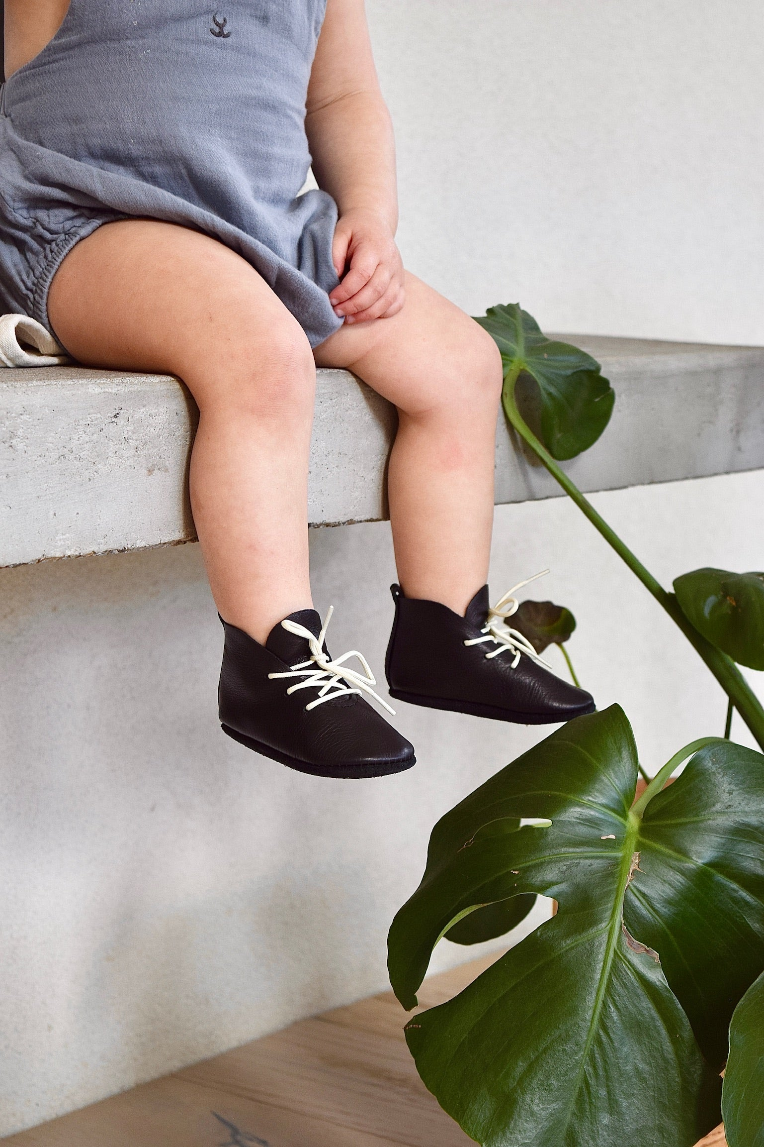 LITTLE LINCOLN - leather baby and toddler shoes - black