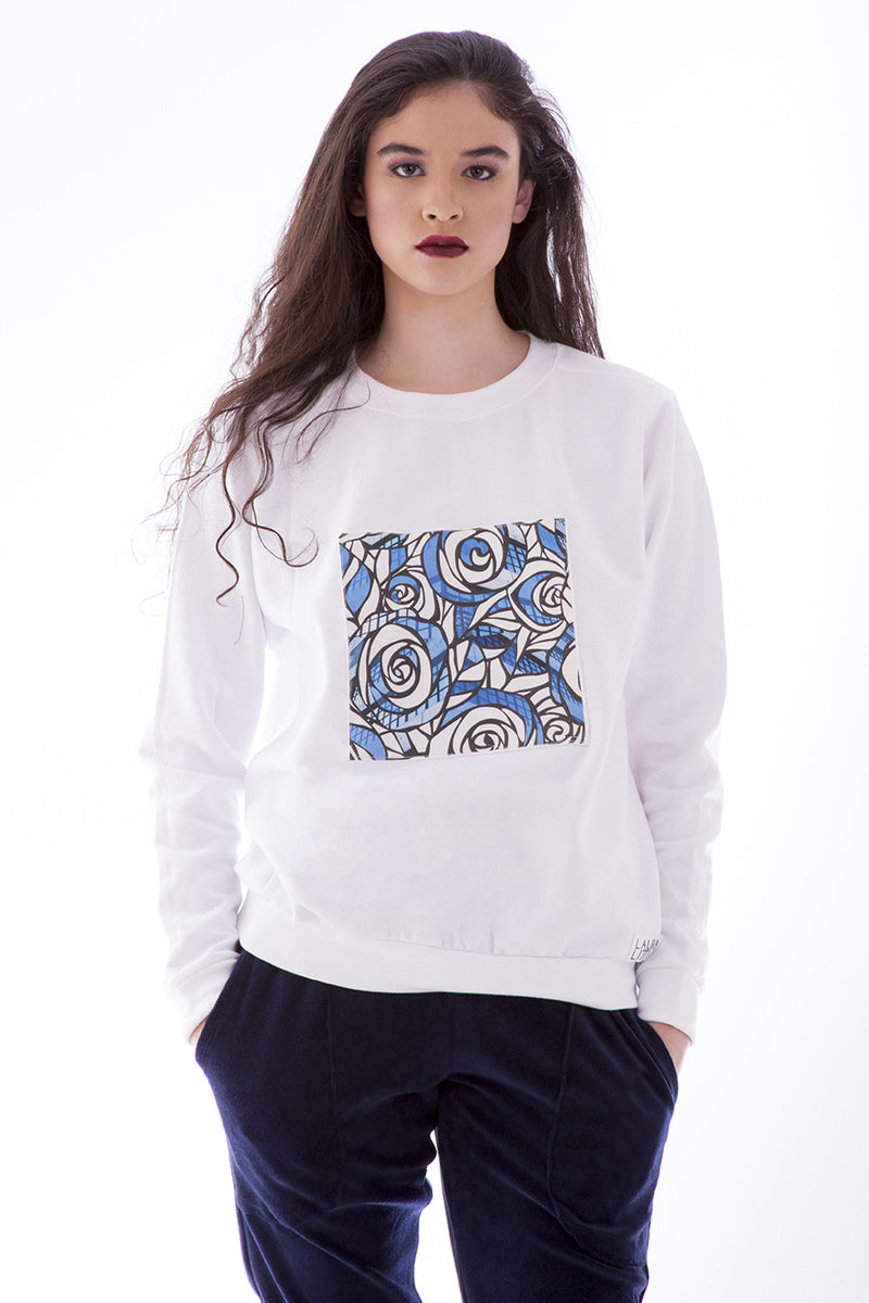 Women's Fashion Sweater - Blue Roses