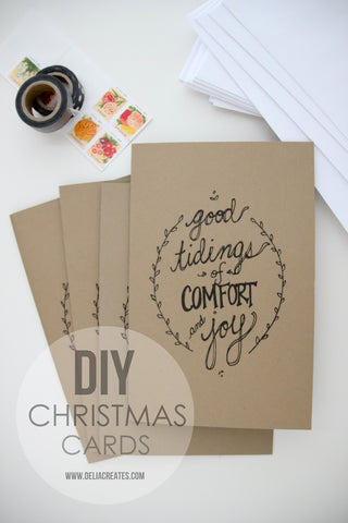 Free Christmas Card Printable- If you're looking for last minute Christmas decor, greeting cards, or gift tags, don't bother with the stores or online shopping. Instead, check out these 25 free Christmas printables! | Christmas wall art printables, printable gift tags, holiday printables, kids activities, #freePrintables #Christmas #DigitalDownloadShop