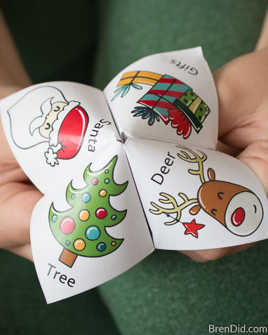 Free Kids Christmas Joke Teller Printable- If you're looking for last minute Christmas decor, greeting cards, or gift tags, don't bother with the stores or online shopping. Instead, check out these 25 free Christmas printables! | Christmas wall art printables, printable gift tags, holiday printables, kids activities, #freePrintables #Christmas #DigitalDownloadShop