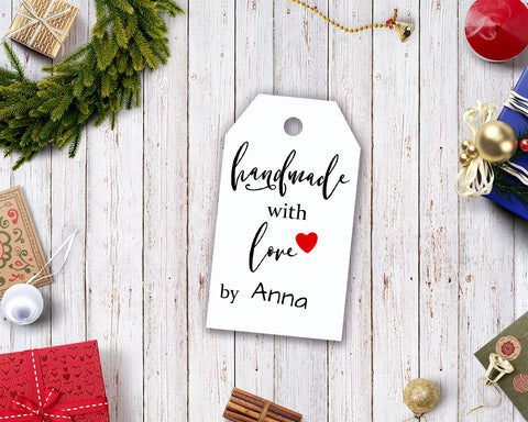 Free Printable Handmade Present Gift Tags- If you're looking for last minute Christmas decor, greeting cards, or gift tags, don't bother with the stores or online shopping. Instead, check out these 25 free Christmas printables! | Christmas wall art printables, printable gift tags, holiday printables, kids activities, #freePrintables #Christmas #DigitalDownloadShop