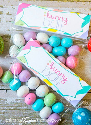 Free Printable Bunny Bait Easter Treat Bag Toppers- Make your Easter favors and candy gifts look egg-stra cute this year with some of these adorable free printable Easter treat bag toppers! | Easter party favors, Easter printable, #freePrintables #printable #Easter #treatBags #DigitalDownloadShop